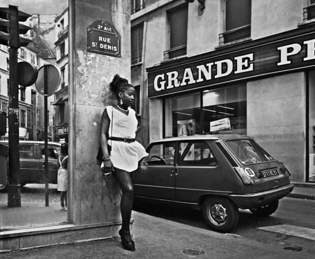 Труженицы секс-индустрии с улицы Сен-Дени. Фотограф Массимо Сормонта 3