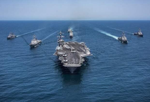 Группа ВМС США зашла в Персидский залив