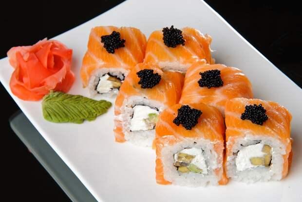 Существуют мнения, что в рыбе содержится много ртути и употреблять ее в больших количествах вредно еда, познавательно, суши