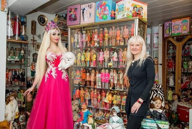 Мировая рекордсменка Беттина Дорфманн приняла в своем доме Русскую Барби