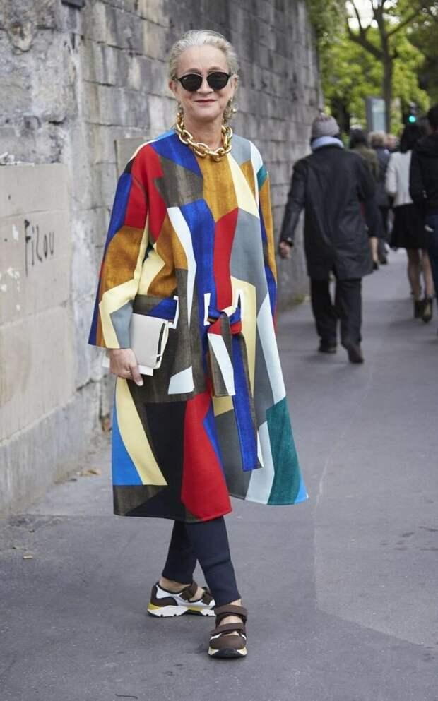 Платье A-силуэта – страшный враг возрастных женщин. /Фото: i.pinimg.com