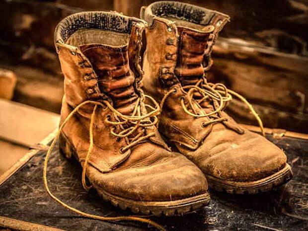 11 народных обрядов и заговоров на обувь для богатства и удачи