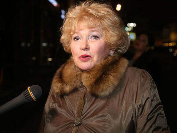 Людмила Нарусова сравнила пикетчиков с бомжами (ВИДЕО)