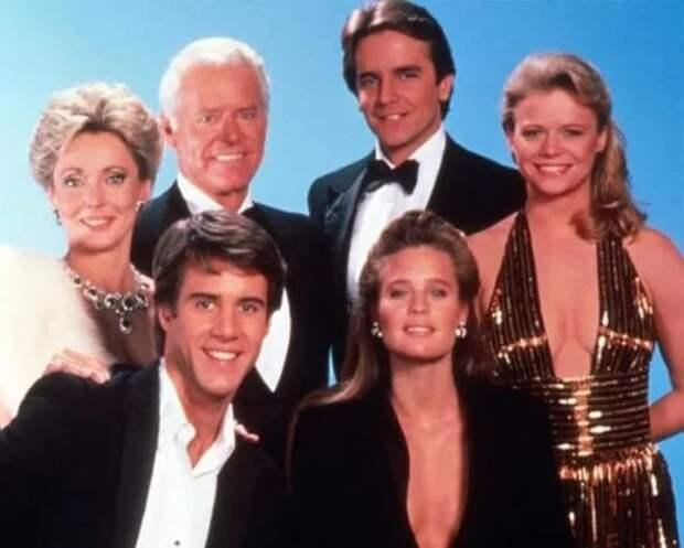 25 лет спустя: как изменились главные герои культового сериала «Санта-Барбара»
