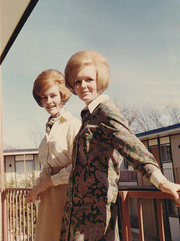 Безумные женские прически 60-х