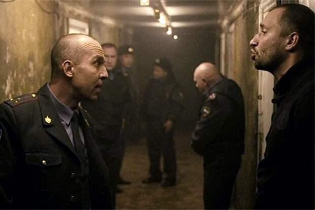 «Я тебя застрелю, закрой рот» Российские полицейские выступили против беспредела начальников. Им грозили убийством