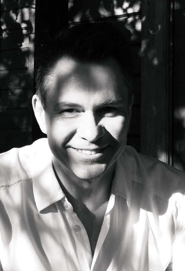 Дмитрий Муляр: «В любом материале есть индивидуальное звучание, и нужно его услышать, почувствовать»