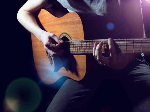 В Ирландии музыкант совместно с учеными написал песню, которая способна снимать боль