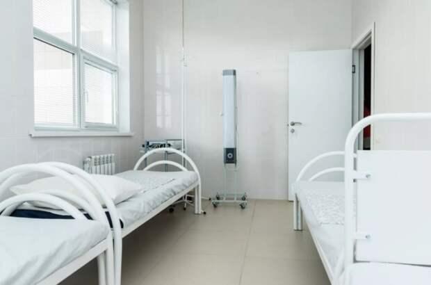 «Побочка» от антиковидных мер: в Питере растет заболеваемость, количество свободных коек – тоже
