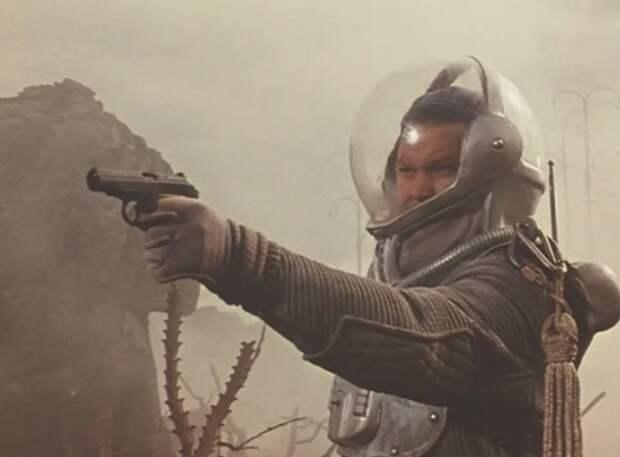 Как полетит пуля, если в космосе выстрелить из пистолета