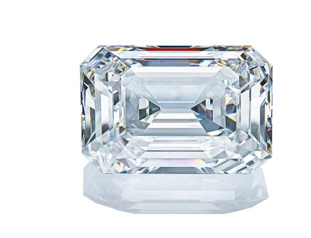 """""""Алроса"""" выставит на аукцион крупнейший в истории бриллиант: каковы его размеры"""