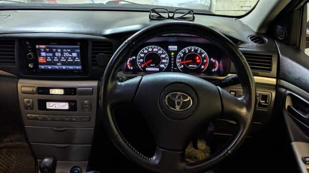 Toyota Corolla Runx - 2001. Обзор
