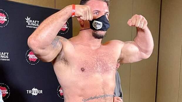 Бывший чемпион UFC Мир объяснил, почему онеще незавершил карьеру