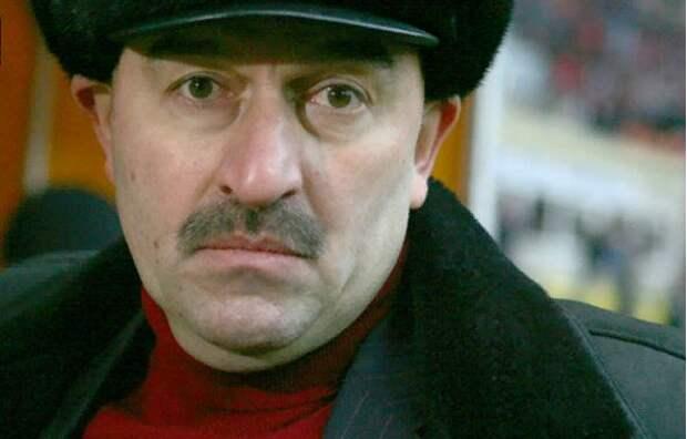 У тренерского штаба Черчесова премиальных даже за «товарняки» больше, чем при Слуцком, в четыре раза