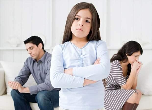 Топ-10 главных ошибок родителей в воспитании детей, о которых многие не догадываются