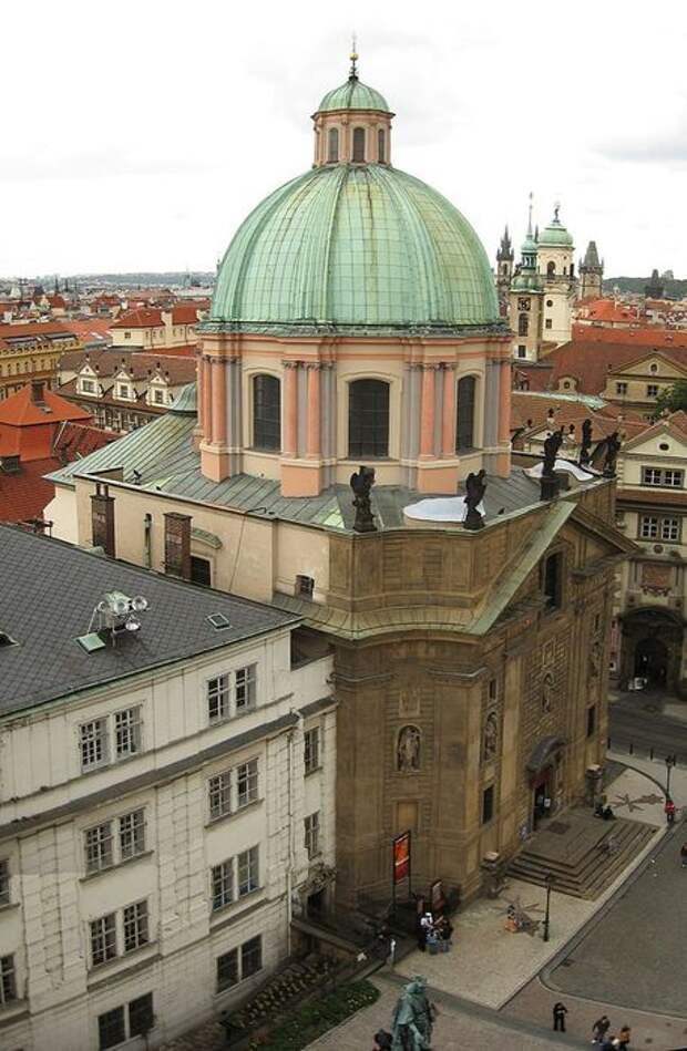 669px-Kostel_sv_Frantiska_Serafinskeho (457x700, 71Kb)