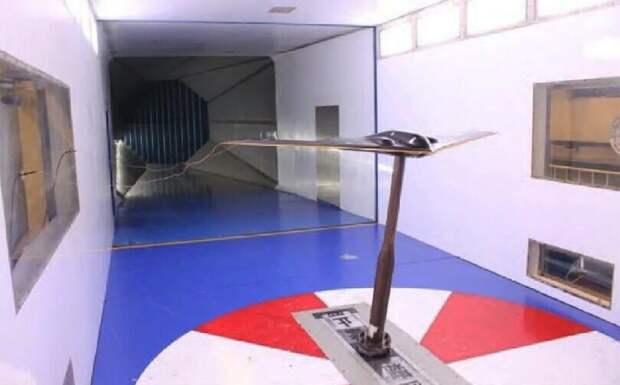 Модель стратегического бомбардировщика/ ©fighterjetsworld