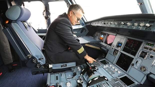 К взлету не готов: авиакомпании столкнулись с дефицитом пилотов