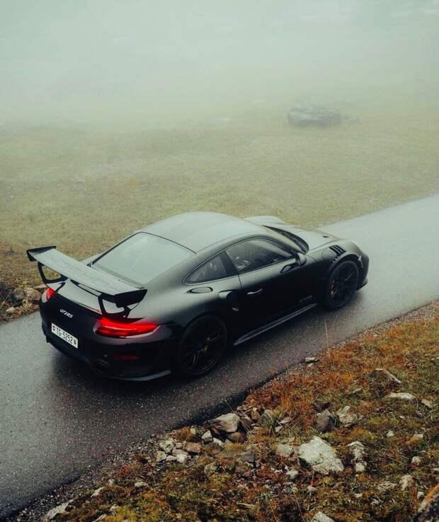 Porsche 911 GT2 RS 19 млн. ₽, на что способна эта машина?