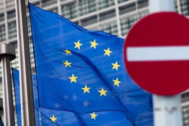 ЕС продлил на год антироссийские санкции за применение химоружия