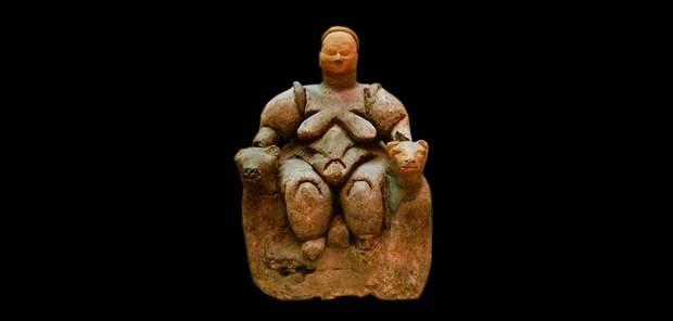 6000 лет до н.э., сидящая женщина из Çatalhöyük