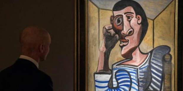 Картину Пикассо порезали