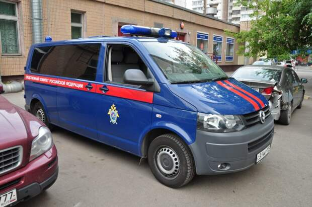 Капитан МВД найден мёртвым возле своего дома в Москве