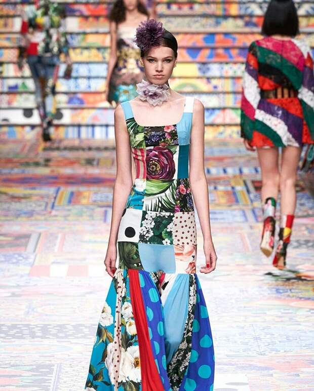 Дольче и Габбана показали, как превратить ненужные лоскуты в модную одежду