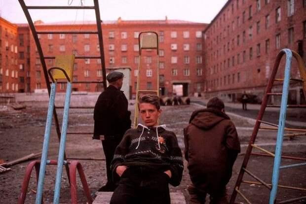 Россия 90-х годов в работах французского фотографа (22 фото)