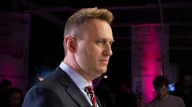 Зюганов прокомментировал ситуацию с Навальным