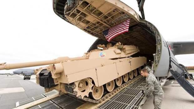 Под грифом «секретно»: США начали переброску военной техники в Польшу