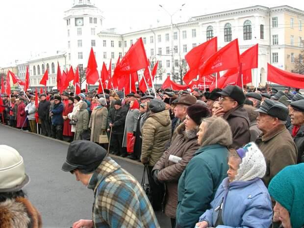 «Не хотим умирать от коронавируса» - олигархи из КПРФ вывели пенсионеров на верную смерть, требуем наказания!