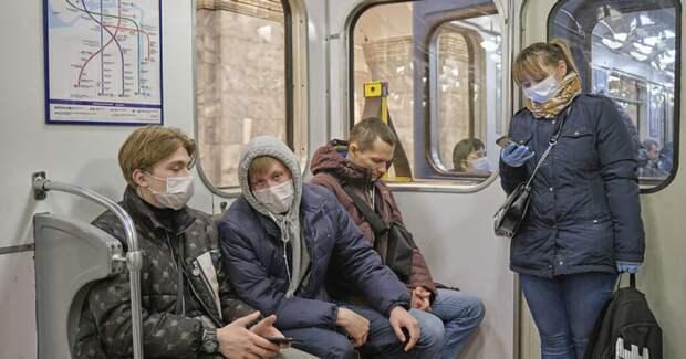 Заразивший более 1500 людей — антипрививочник, не носивший маску