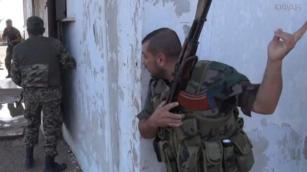 Сирия: правительственные войска уничтожили командный пункт боевиков под Харастой