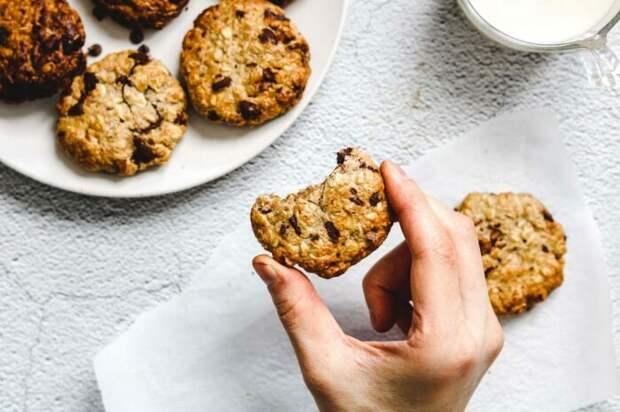 Посолить печенье снизу – интересный вкусовой прием. /Фото: okonomikitchen.com