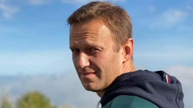 """ФСИН настаивает на реальном сроке Навальному по делу """"Ив Роше"""""""