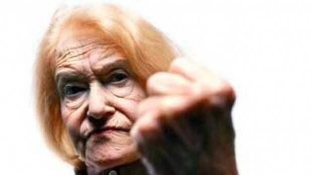 В н.п. Широкая Балка пожилая женщина помешала наблюдателям СММ ОБСЕ запустить БПЛА