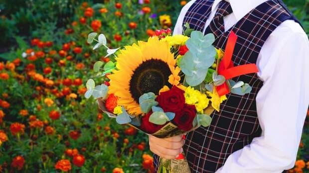 В школе Войковского пройдет акция «Дети вместо цветов»