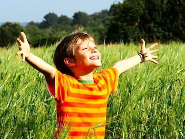 Отец отправил сына в село, чтобы показать ему, что такое бедность бедность, богатство, жизнь, отец, сын, ценности