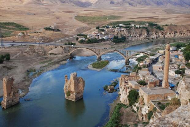 Как одна турецкая плотина создала огромную проблему для Ирака