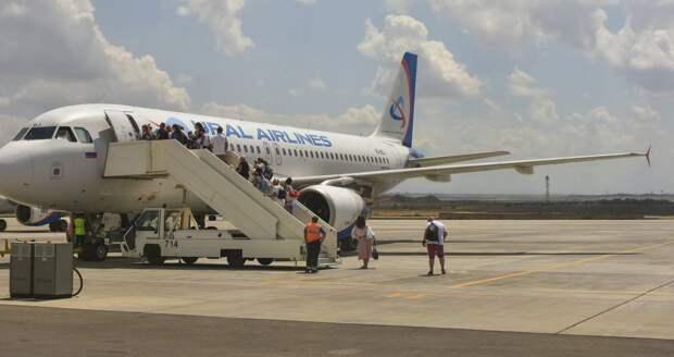 Симферополь начнет принимать дешевые рейсы из Москвы