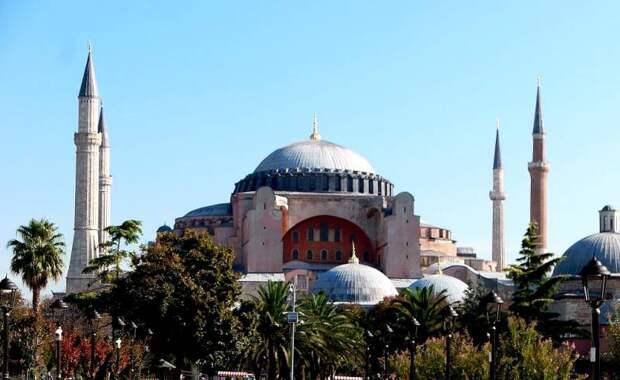 Эрдоган дал Путину обещание в связи с превращением собора Святой Софии в мечеть