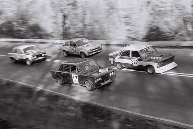 Польские Фиат 125р для соревнований авто, автоистория, автоспорт, ваз, гонки, гоночные автомобиль, жигули, ралли