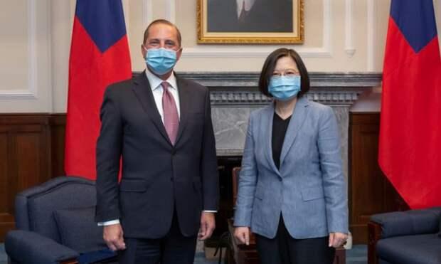 Le Figaro: на фоне китайско-американского конфликта Тайвань хочет стать вторым Гонконгом