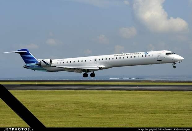 Bombardier CRJ-1000. Источник www.jetphotos.com