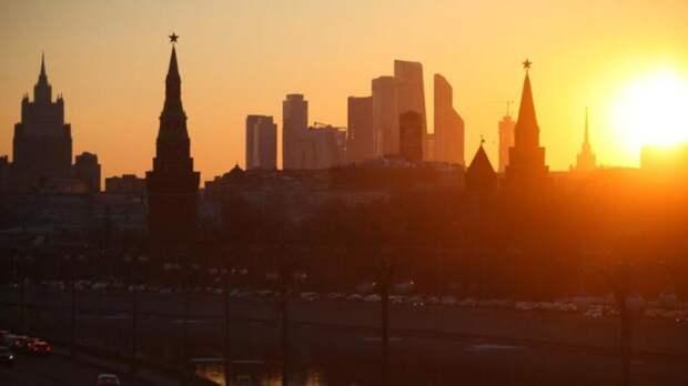 Оранжевый уровень погодной опасности объявили в Москве из-за жары