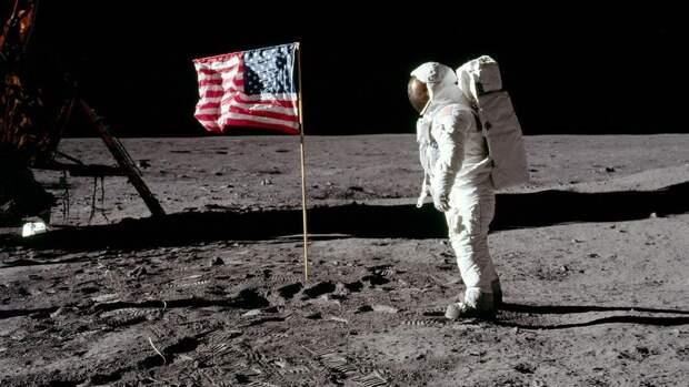 Глава NASA: женщина-астронавт вскоре может ступить на поверхность Луны