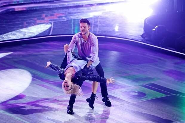 Стали известны победители 12-го сезона шоу «Танцы со звёздами»