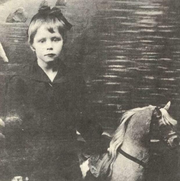 История жизни и гибели 17-летней Любы Шевцовой – легендарной разведчицы и подпольщицы «Молодой гвардии»