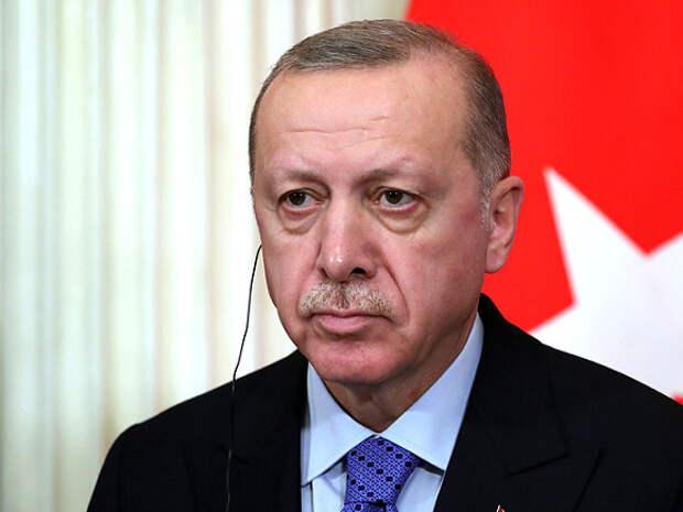 Итальянский премьер назвал Эрдогана «диктатором, с которым нужно сотрудничать»